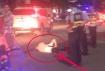 西滨路一妹子被电车撞倒躺地上卷缩起不来,被急送医院检查治疗