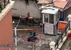 浦北某小区保安厅旁一人意外身亡,目前封锁现场警方已介入调查中
