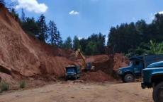六硍合石村村民养殖多年的山岭被挖找部门调停后,现在又开工大挖(官方已回复)