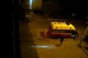 大桥头二十多岁女子跳江自杀,生死不明(视频+图)